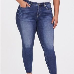 American Eagle Outfitters Dark Blue Wash Jeggings